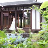 庭園付き和婚式場 回路での1枚。