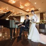 グランドピアノを会場内にご用意も可能