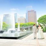 噴水公園内でのロケーション撮影は「和田倉噴水公園レストラン」ならでは!