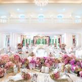 ガーデン付きのクラシカルな洋館「メゾン・グラース」。19世紀のクラシカルパリでプリンセス気分を味わえる宮殿風のゲストハウス。