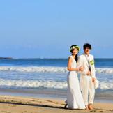 空と海と大地に誓う結婚式