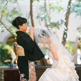 「幸せになってね」と願いを込めて 花嫁を送り出すベールダウンは人気の セレモニー