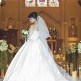 Iglesia Blanca イグレシア ブランカ   ヨーロッパの教会の雰囲気を  忠実に伝える「白い教会」