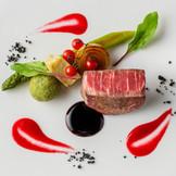 素材を活かした優しい味が幅広い世代に喜ばれる。 キッチンを併設し出来立てを提供。スタッフのスマートなサービスにも注目して。