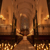 世界遺産にも登録されている伝統的なイングランドの聖地『ウエストミンスター寺院』と「ワールド・ワイド・フェローシップ」という祈りの提携で結ばれ、その名を使うことを許された本物の大聖堂。口コミでも評価は高く、クラシックで格調高い挙式を実現する。