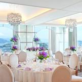 24階:コスモス ガーリーなかわいらしい会場でふたりらしさを凝縮してオリジナルの結婚式を