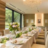 6~40名様の少婚礼にも最適。 美しい庭園の中に佇む特別なレストラン。