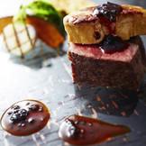お肉の焼き加減や一口カットでの提供など、ゲストに合わせたお料理でお越しいただくゲスト全員から満足の声が聞こえる