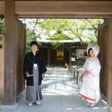 白無垢と羽織袴に身を包み、厳粛な雰囲気の中でご夫婦の誓いを立てたい、とお考えのおふたりは、ぜひ一度見学にいらしてください。