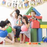 館内には保育園も完備!パパママウェディングもお任せください。 3時間まで無料でゲストのお子様もお預かり頂けます!