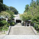 自然に囲まれた鎌倉宮