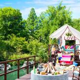 「自然の中をラグジュアリーにくつろぐ」をテーマにテントハウスを新設!ファイヤーピットではトレンドのグランピングを楽しめる