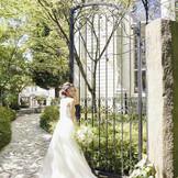結婚式当日ゲストの入口となるゲート  美しい緑にこれから始まるパーティーへの期待も膨らみます!