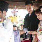 敷地内のチャペルでの挙式はもちろんのこと、隣接している北野天満神社での本格神前式も可能です。