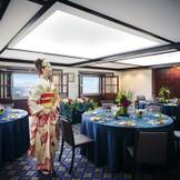 最上階「ふじの間」は、少人数の会食会会場として大人気。お料理だけでなく、景色のよさも最高のおもてなしアイテムに。