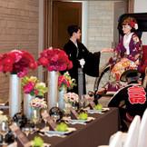 古都鎌倉ならではの和の演出も人気。広い会場だからこそできる『人力車』での入場はインパクト大。ゲストも一緒に楽しめる。
