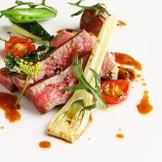日本料理・フランス料理・中華料理が融合したスペシャルコース。大切なゲストの方へ幸せの一時を・・・