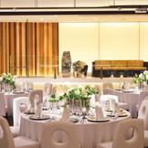 舞台入場もできて楽しくアットホームな結婚式ができる会場