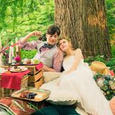森の好きな場所で撮影できる「ピクニック前撮り」は先輩カップルからも大好評