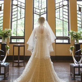 ホールでの挙式前の花嫁