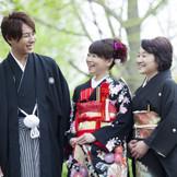 ご家族と一緒に日本庭園で