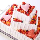 おふたりの幸せの形をお届けするオリジナルウェディングケーキ
