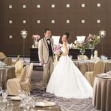 ホテルならではの上質なおもてなしを叶えます。ゲストも二人も笑顔になる結婚式をお約束します。