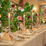 披露宴会場も薔薇園に✿