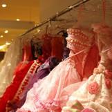 マリアローザ、アンテプリマ、SUZUKITAKAYUKI…人気ブランドドレスを取り揃えております!