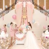 【ヨーロピアンクリスタル】プリンセス気分を味わえるホワイエは可愛いものが大好きな花嫁にピッタリ♪