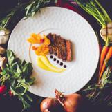 鹿児島の旬の食材を中心に、厳選した食材で作り上げるプレンチ