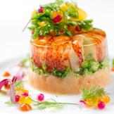 旬の食材を使った自慢のフレンチフルコースをご用意。レストランならではの美食でしっかりおもてなし!ご試食でしっかり確かめて。