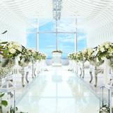 洗練されたチャペルに大人花嫁もきっと満足。ハイクラスな1日が実現