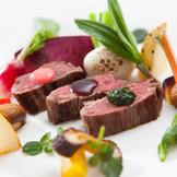 野菜・牛肉全て八幡平産の一品