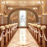 マリアクリスタル イタリアナザレの教会から祝福を受けた石のチャペル。