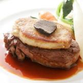 素材にこだわったフレンチベースの創作料理で、ゲストをおしゃれにおもてなし。
