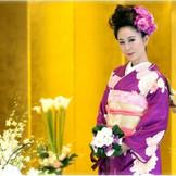 結婚式は、両家を結ぶ大切な『儀式』です。会津を愛し、会津を感じ続けてきた私たちだからこそ、できる結婚式があります。ずっと息づいてきたこの地で風習や伝統を大切にした会津人の琴線にふれる感動の結婚式、それがアイフィールウエディングです。