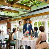 老舗フレンチの絶品料理と、アットホームな雰囲気の邸宅風レストランでゲストをおもてなし