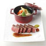 素材の味・彩りにもこだわった京野菜フレンチで皆様をおもてなし。