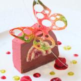 世界第2位のパティシエが作るデザートは見た目も味も楽しめる芸術品☆