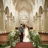 7mのステンドグラスが煌く首都圏屈指の壮麗な大聖堂