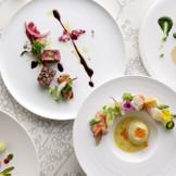 季節の食材をふんだんに使った彩りも美しい料理