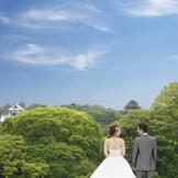 【ロケーション抜群!】季節の景色を見渡せる披露宴会場や、金沢城公園そばの情緒漂う寛ぎ空間。兼六園・茶屋街も至近で遠方ゲスト大満足!