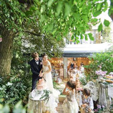 2017年リニュアール完成! 木目調のナチュラルな雰囲気 テラス付きのパーティ会場 着席98名