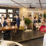 4Fバンケット「ミリオン」では、ソファー席、テーブル席、メイン席とカジュアルな雰囲気を自由にコーディネートできます。