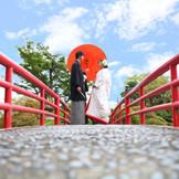 赤い桟橋の上での写真撮影は定番スポット♪