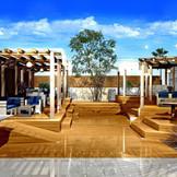 【ガーデンがおしゃれにリニューアル】リゾートウエディングをイメージしたガーデンならではの開放感あふれるひととき!親族やゲストとわいわい楽しいアットホームなセレモニーが叶う!