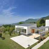ガーデンスペースは館内に2箇所。用途に合わせて選べるのも魅力