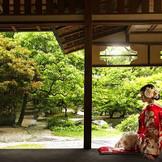 「旧小菅邸」は結婚式当日、待合として利用できるので、ゲストに贅沢な時間を過ごしてもらえる