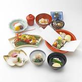 五感に響く日本料理の神髄をお楽しみいただけます